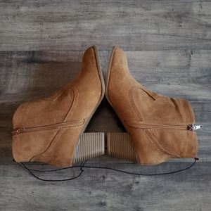 Express Shoes - NWT Express Fringe Ankle Boots